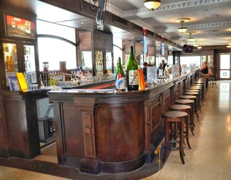 sloppy-joe's-bar-restored-daddy-os-martinis-craft-cocktail-bartenders