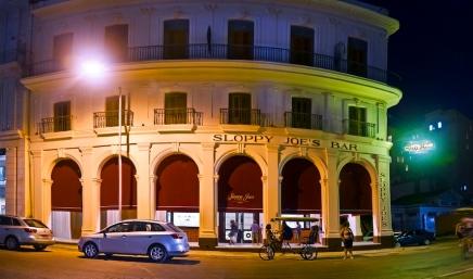 Sloppy-joe's-bar-facade-daddy-os-martinis-craft-cocktail-bartenders