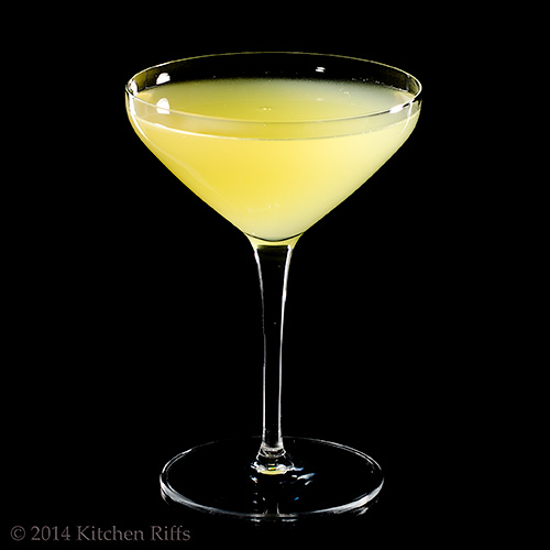 death-in-the-afternoon-daddy-os-martinis-craft-cocktail-bartenders